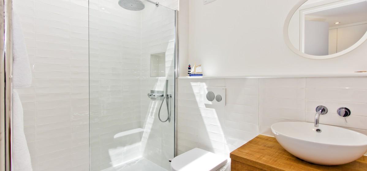 b_shower