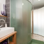 Twin bedroom shower / utility room