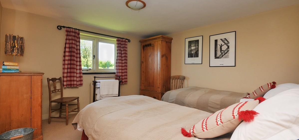 Twin bedroom on the ground floor